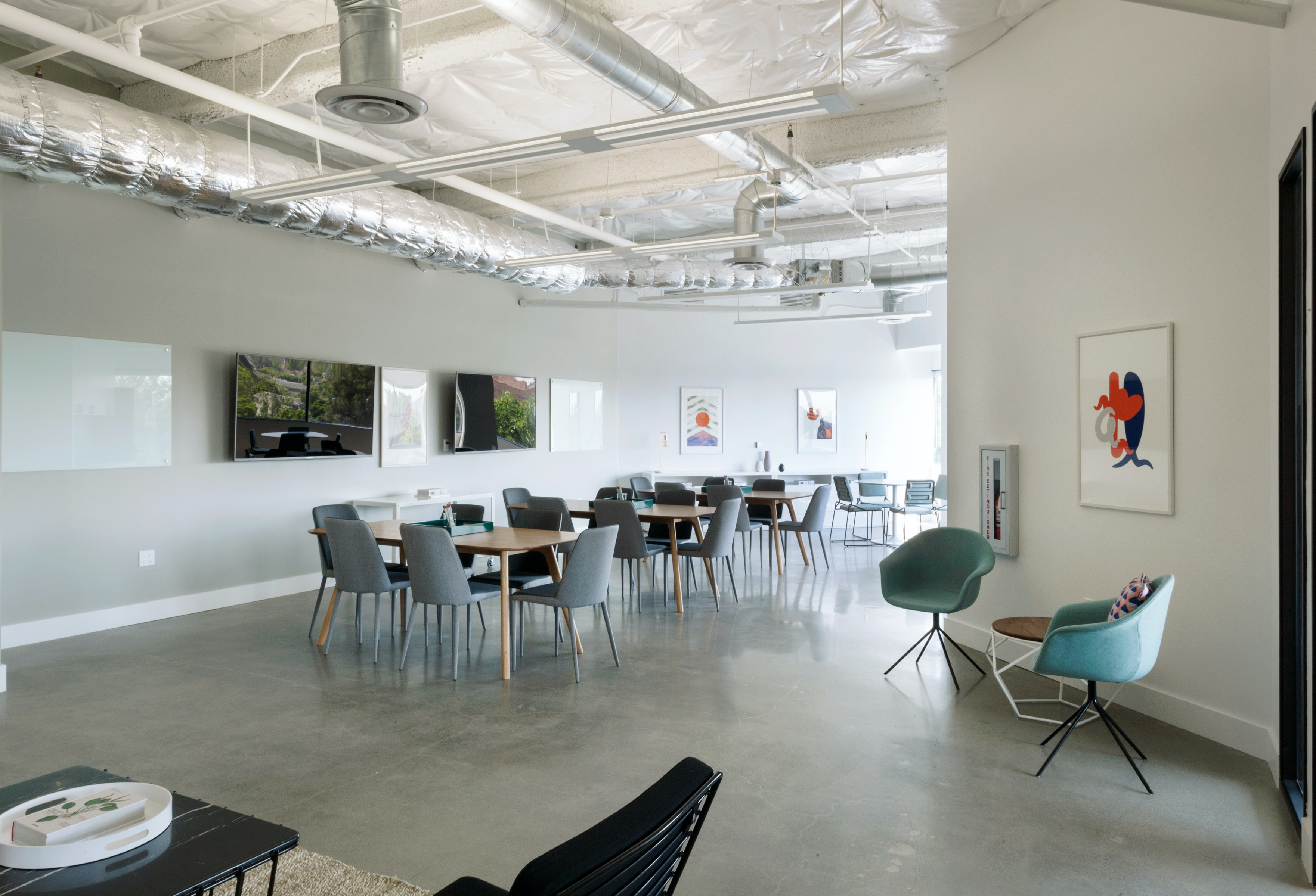 meetup space at 200 Corporate Pointe ,Los Angeles