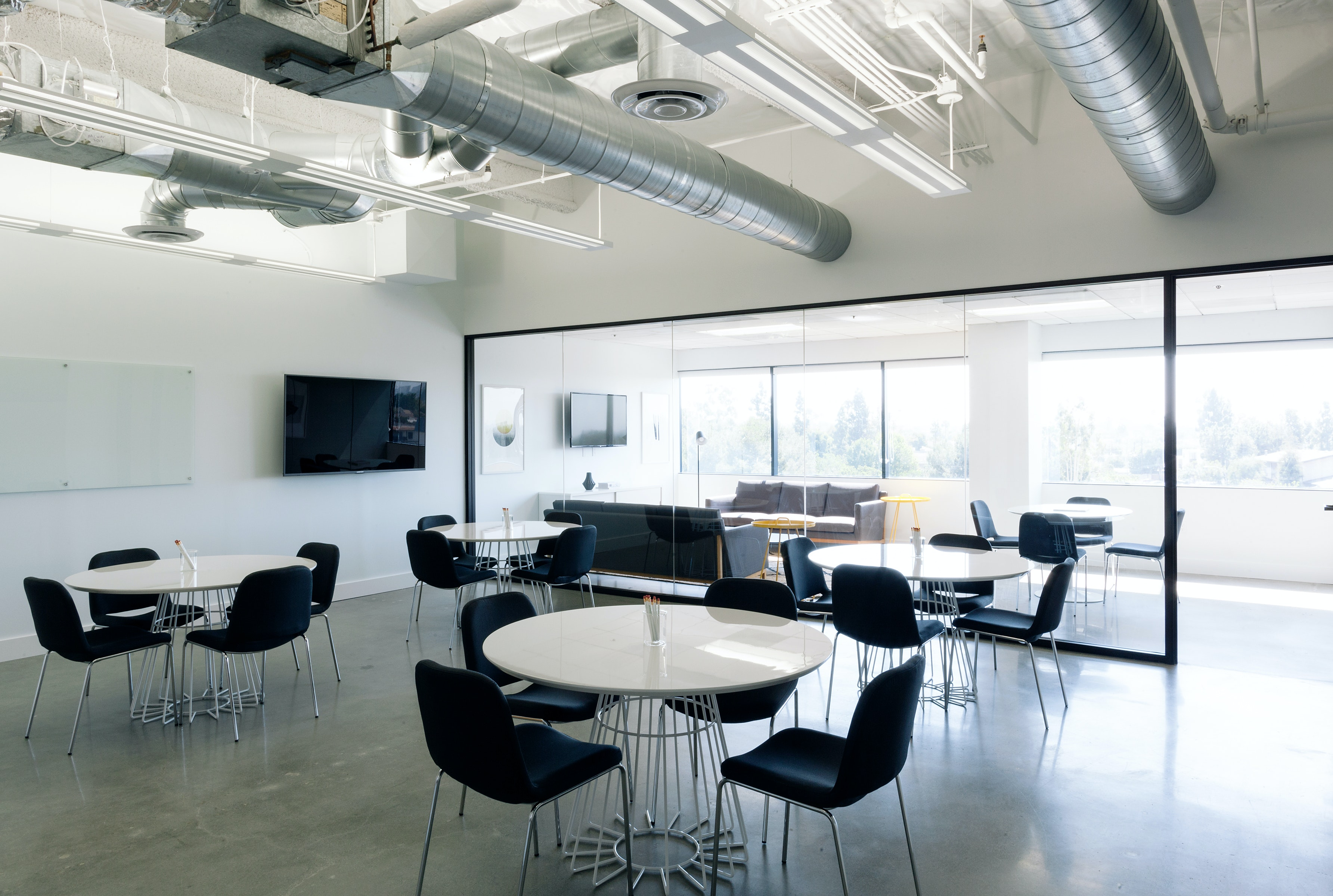 therapy space at 200 Corporate Pointe ,Los Angeles