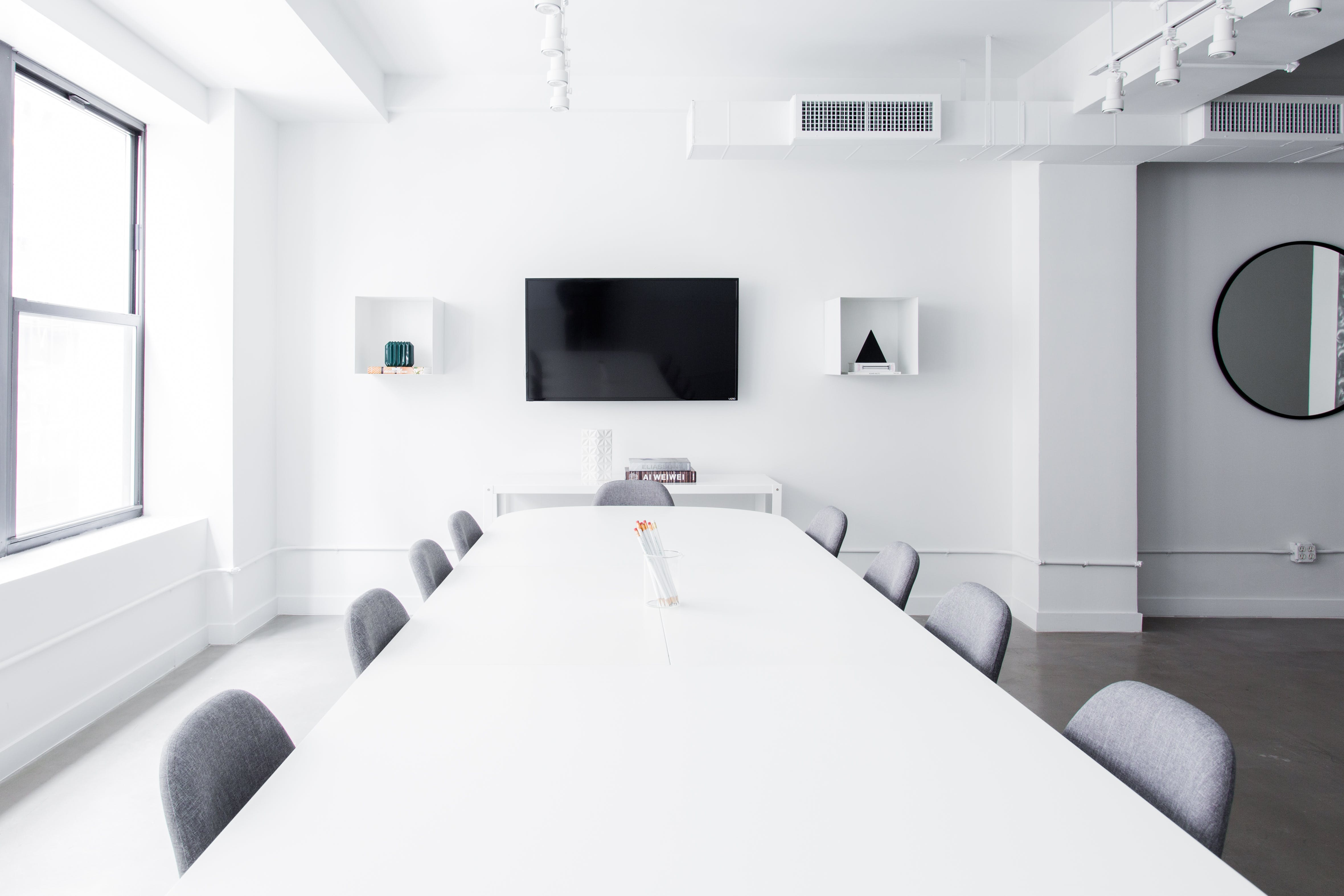 boardroom space at 8 East 41st Street