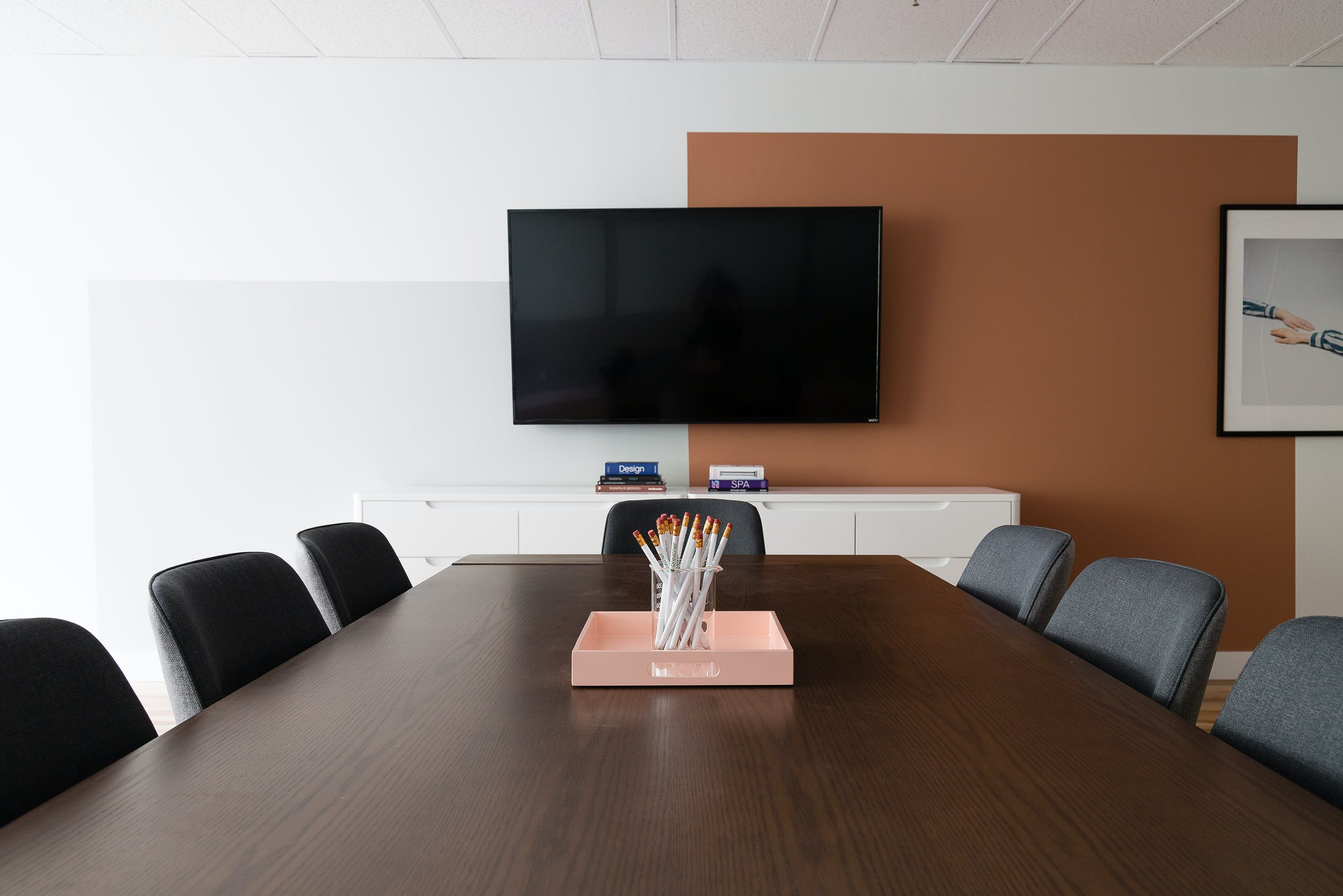 boardroom space at 1130 Sherbrooke O